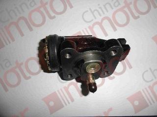 Цилиндр тормозной переднего правого колеса передний (прокачной) FAW 1041 (крепление 40*50, M8*1,5)(Ø40) (штуцер M10*1,5)