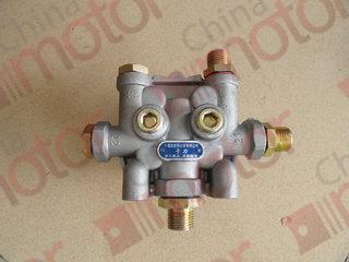 Клапан тормозной 4-х контурный (ZK6737D,18,19,29, XML6125CR,6126,MAN,IVECO) {Port 1: M22x1.5 / Port 21,22,24,23: M16x1.5} 3515-00009
