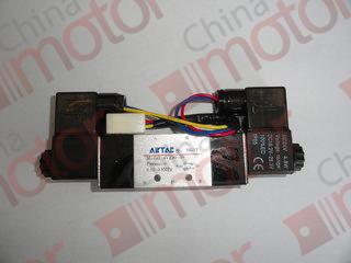Клапан электромагнитный дверного пневмоцилиндра (Made in Taiwan)