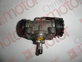 Цилиндр тормозной заднего левого колеса ISUZU NKR 55,(прокачной) (З и П)  8941281433