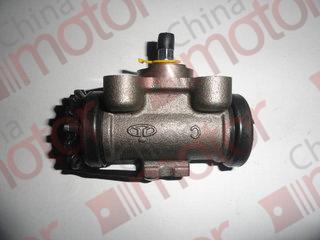 Цилиндр тормозной задний правый JMC 1052 задний (прокачной)