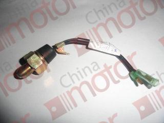 Выключатель сигнала заднего хода JMC (M18) 3729100A (датчик заднего хода)