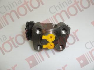 Цилиндр тормозной переднего правого колеса передний (проходной) ISUZU NMR85