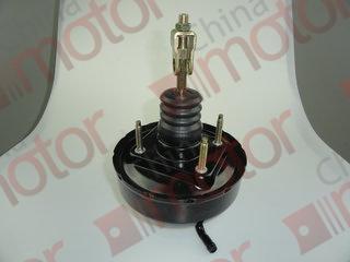 Усилитель вакуумный сцепления  ISUZU NQR71/75 (между отв 80мм)