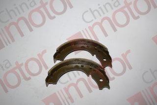 """Колодки тормозные стояночного тормоза ISUZU NLR85,NKR55,JMC (2штуки) (35mm)""""CHINA"""" комплект"""